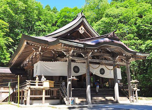 MAXドライビングスクール千曲の周辺観光スポット 戸隠神社
