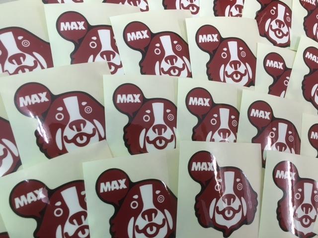 マックス君ステッカー人気です。