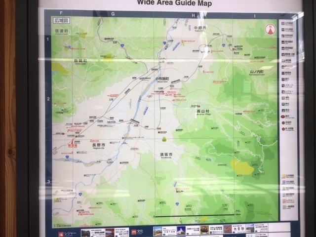 長野駅とゲストハウスの地図。
