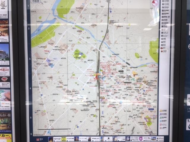 長野駅から善光寺までの地図。