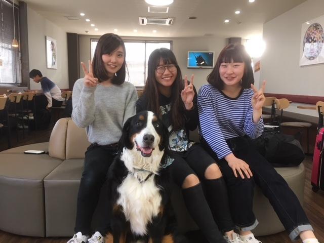 長野の合宿免許に来た女の子3人。