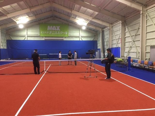 ほめて伸ばすテニススクール。