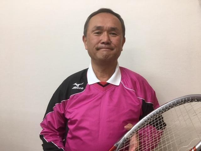 長野市、MAXインドアテニススクール校長。