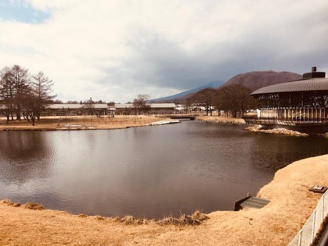 軽井沢アウトレットはバーゲン中。