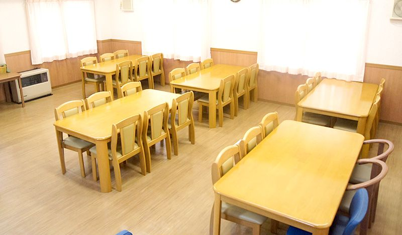昼食:教習所隣接の合宿専用食堂で日替わり定食